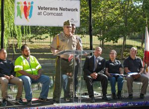 2004-06-11-Comcast_Veterans_Event