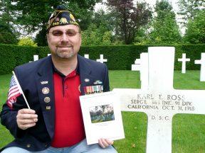 2010-06-13a-Flanders_Field_Karl_Ross_grave