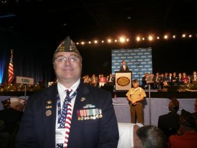 2012 07 21-08 Michael _ Romney at VFW Convention