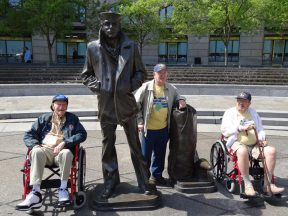 2013 04 20h-Honor Flight Navy Memorial