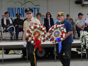 2015-05-25-Memorial_Day_at_Chapel_of_the_Chimes