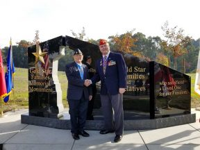 2017-12-02-Gold_Star_Memorial_Hayward_Dedication_with_MOH_Woody_Williams