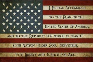 2018-07-04b-Pledge_of_Allegiance_Flag