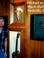 1986-05c-Country Music Hall of Fame