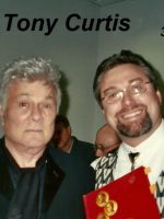 2004-12 03a-With actor Tony Curtis