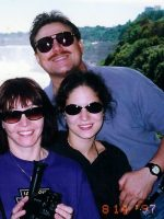 1997-08-Mom Anne, Sister Gigi & Michael at Niagra Falls