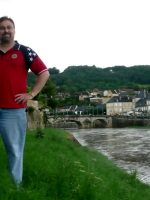 2010-06q-Michael at the Vezere river in Montignac, France