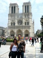 2010-06zh-Mary & Michael at Notre Dame in Paris, France