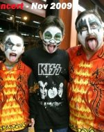 2009-11-The Emersons going to the KISS Concert
