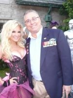 2011-08e-At Playboy Mansion with Bridget Marquardt