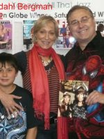 2012-05b-Conan Actor Sandahl Bergman at Comic Convention