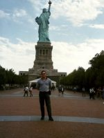 1998-09c-Michael & the Statue of Liberty, NYC