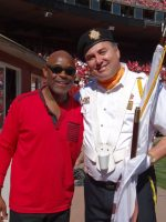 2013-10-13b-Singer Tony Lindsay of Santana sang Anthem at 49ers game