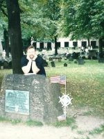 2002-09L-Michael at Samuel Adams grave site in Boston, MA